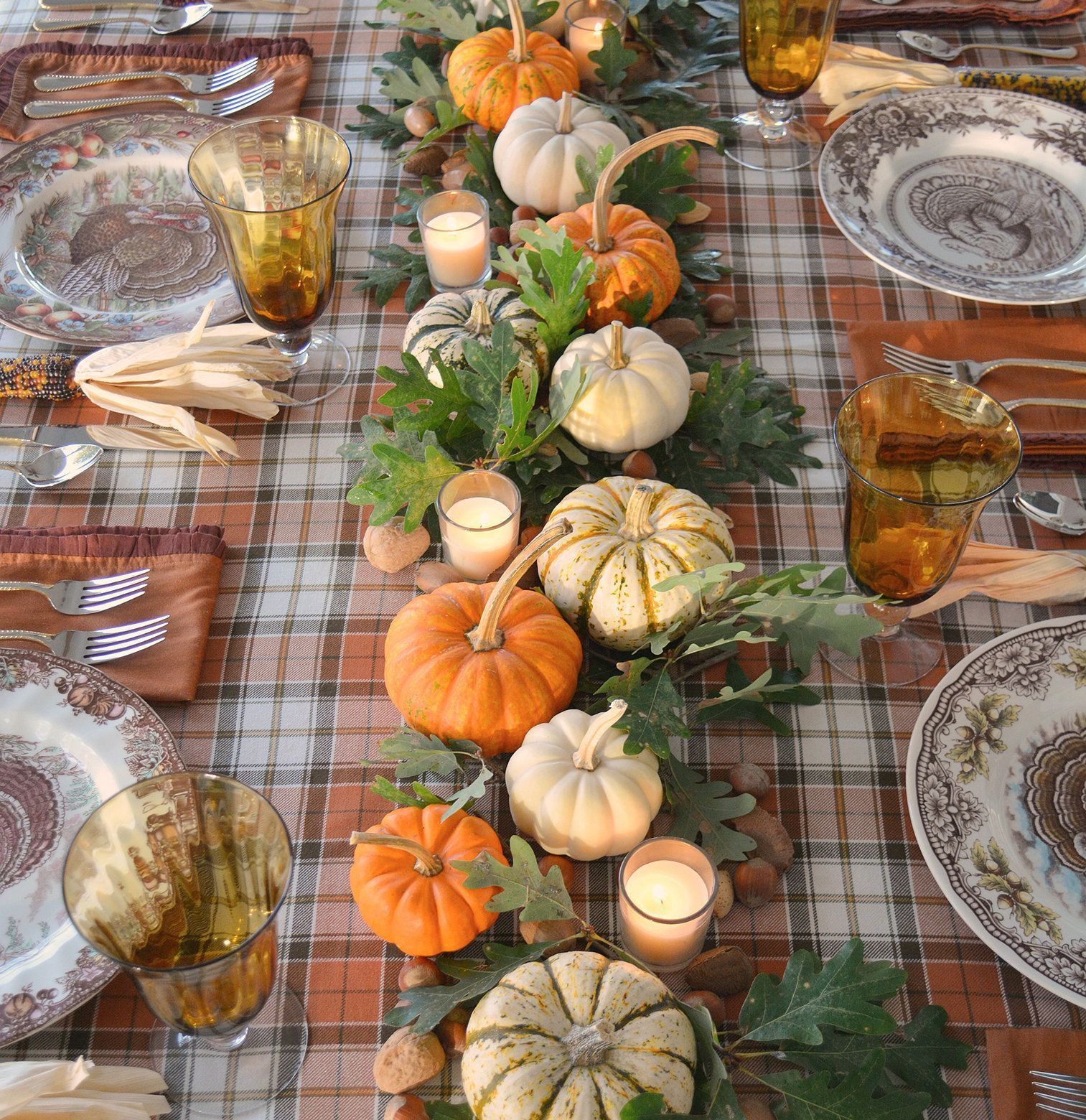 Popular Thanksgiving Table Decorating Ideas Beautiful Look 02