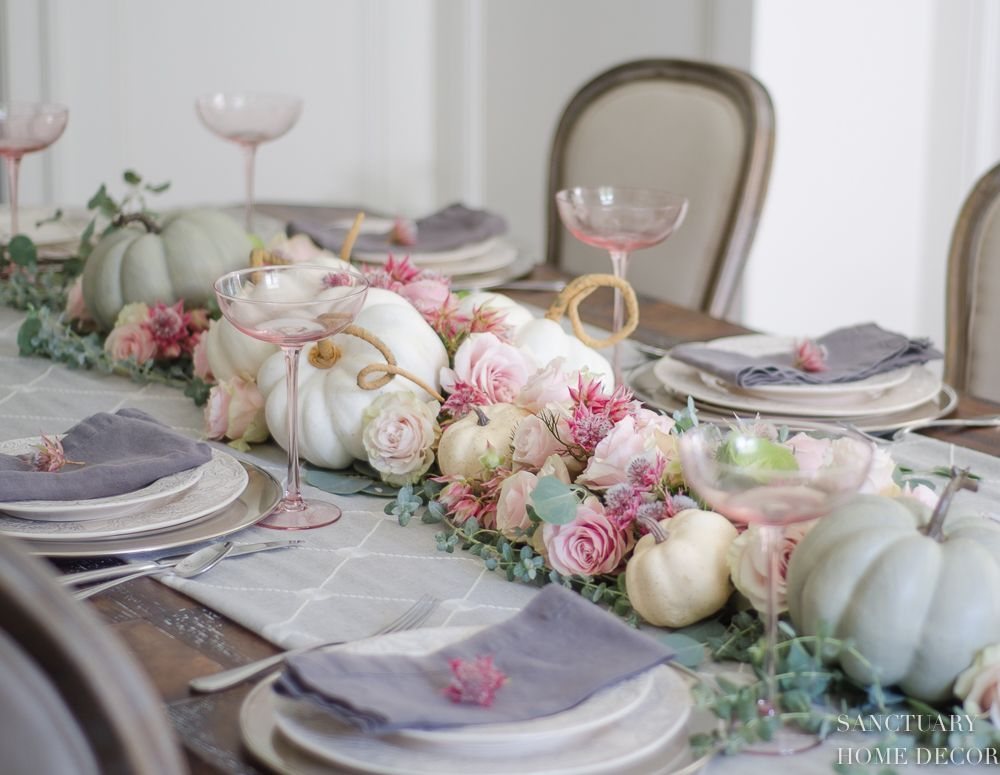 Popular Thanksgiving Table Decorating Ideas Beautiful Look 05