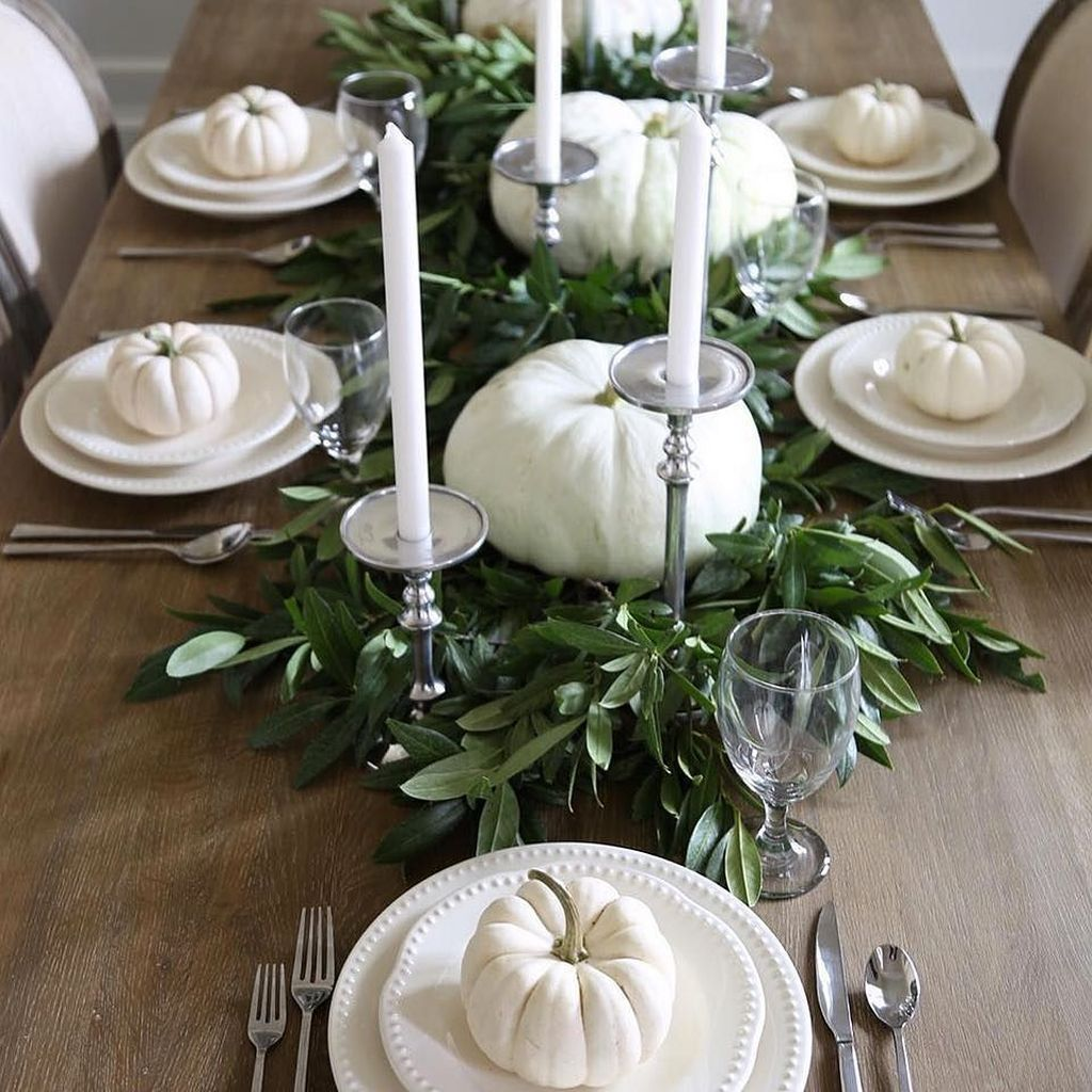 Popular Thanksgiving Table Decorating Ideas Beautiful Look 15