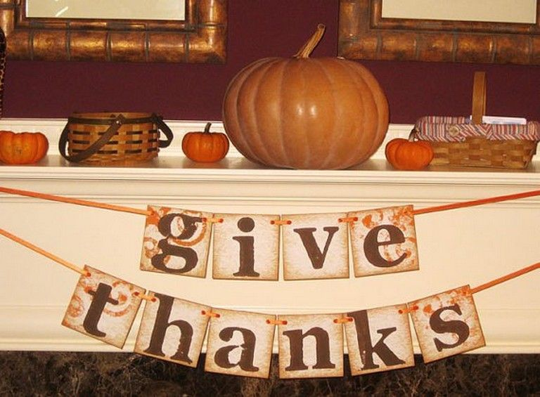 The Best Thanksgiving Living Room Decor Ideas 08