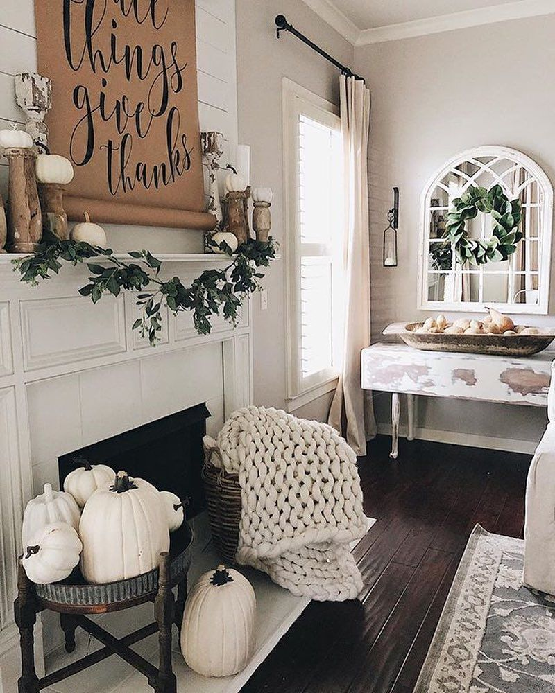 The Best Thanksgiving Living Room Decor Ideas 29