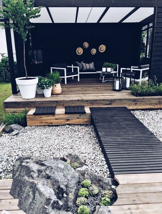 The Best Wooden Deck Design Ideas For Your Outdoors Patios 25