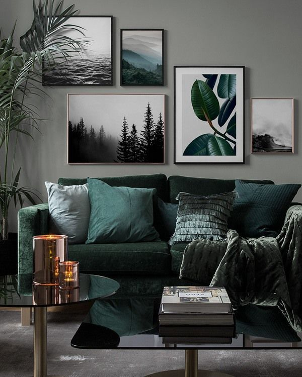 Beautiful Living Room Wall Gallery Decorating Ideas 02