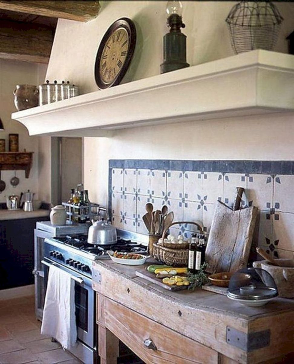 Fabulous French Country Kitchens Design Ideas 14