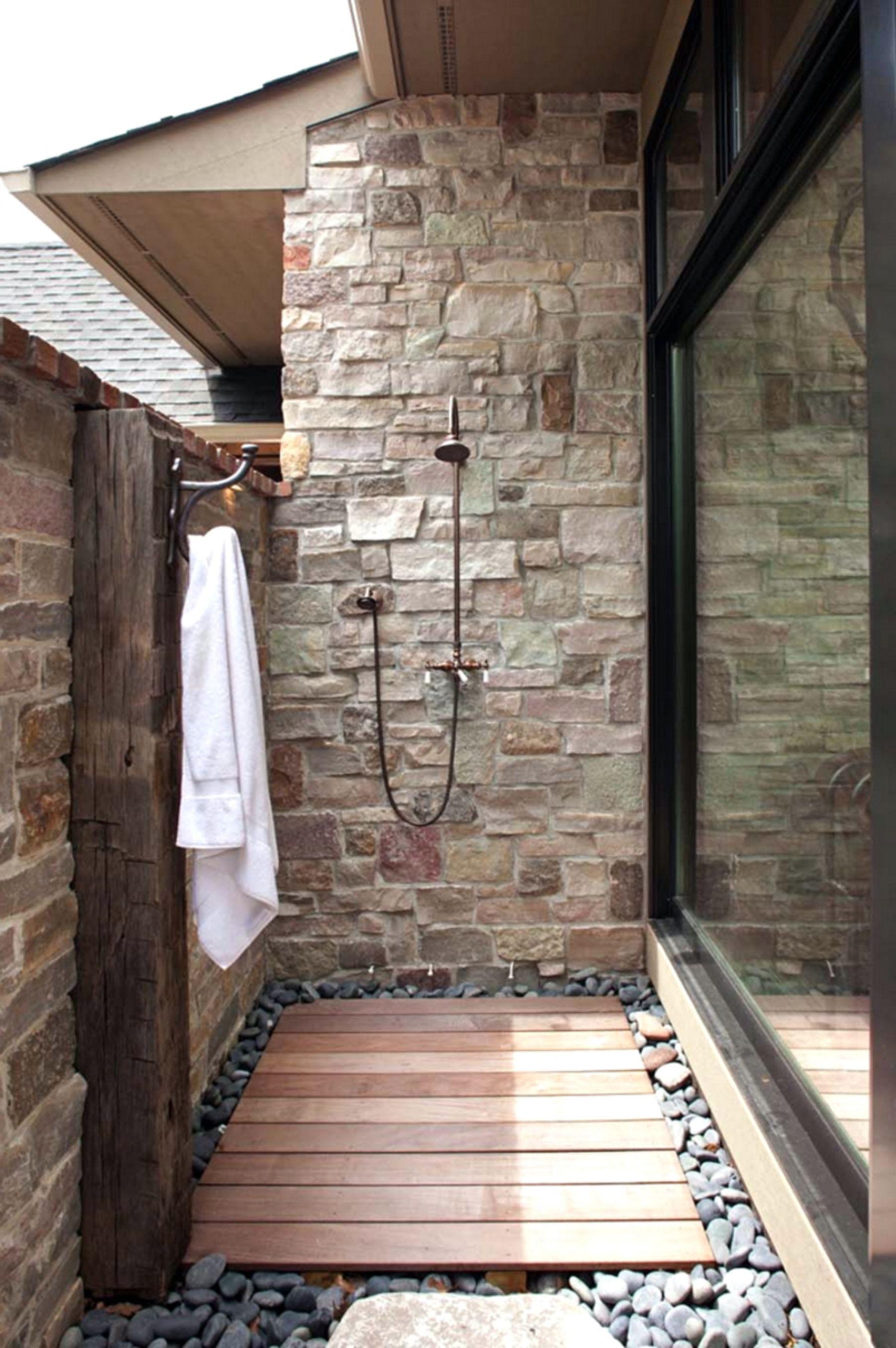 Gorgeous Outstanding Bathrooms Design Ideas 23