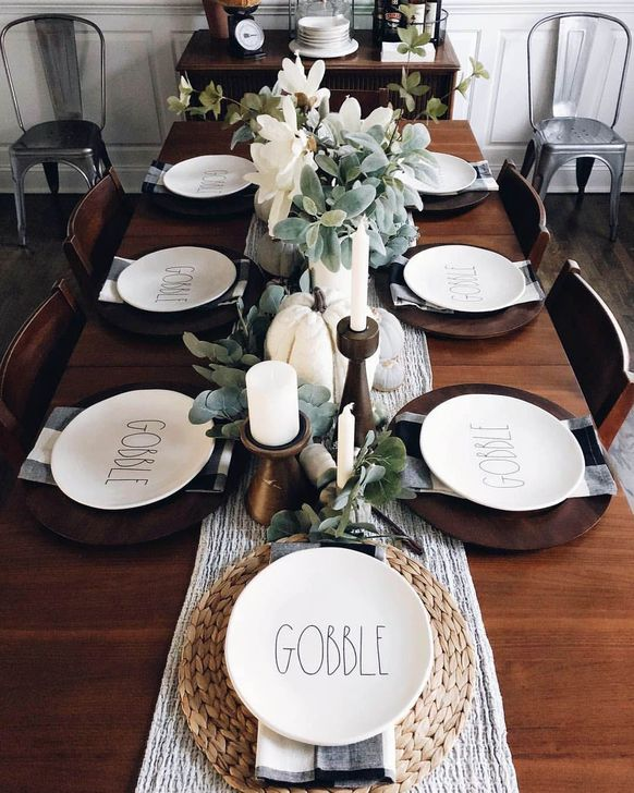Amazing Fall Dining Table Decor Ideas For Your Dining Room Decor 36