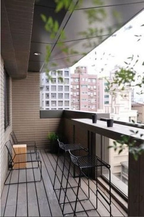 Awesome Apartment Balcony Decorating Ideas 18