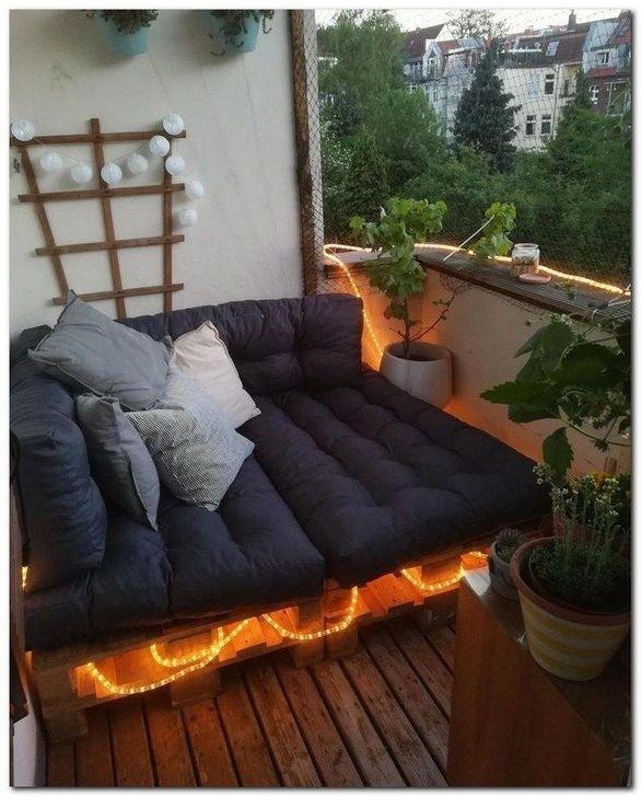 Awesome Apartment Balcony Decorating Ideas 33