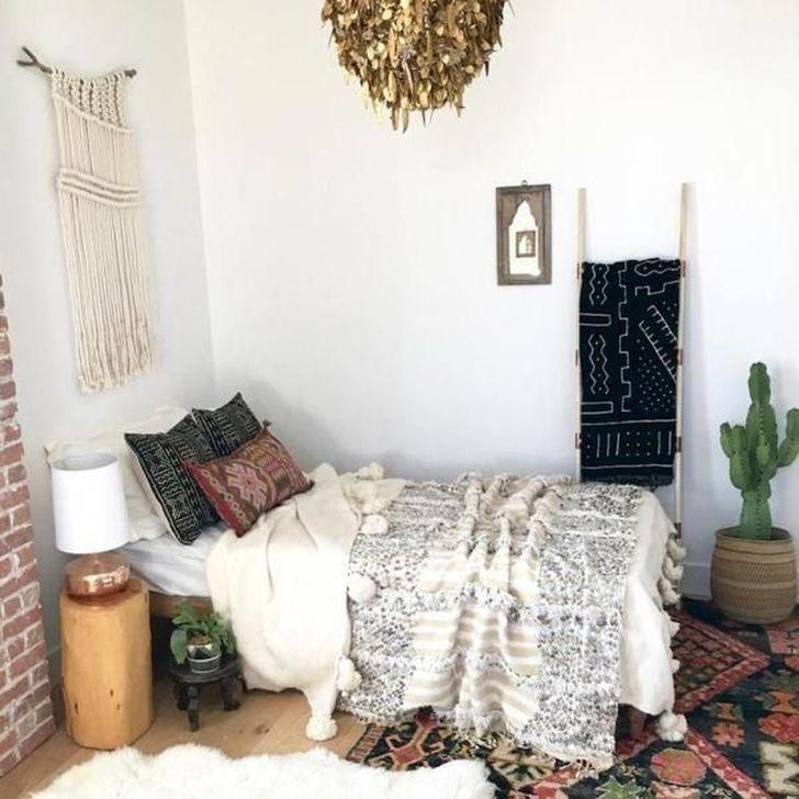 Beautiful Moroccan Bedroom Decor Ideas 03