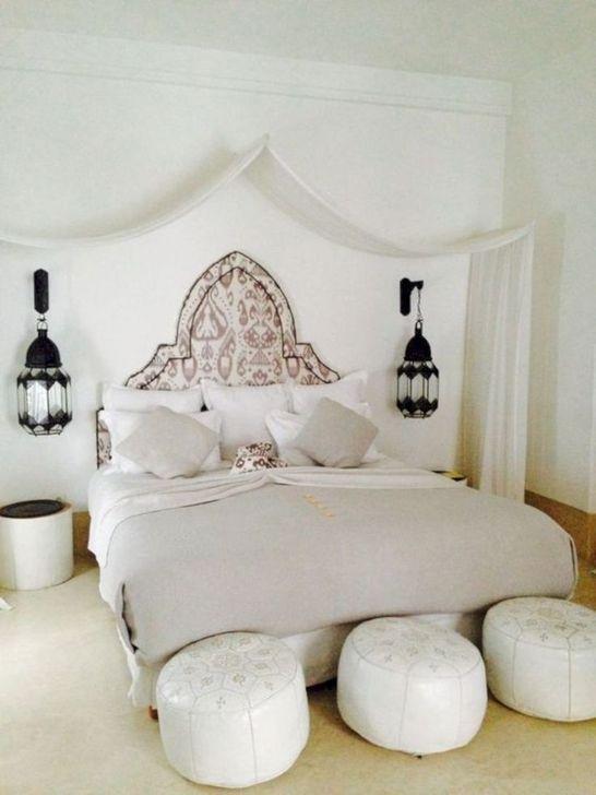 Beautiful Moroccan Bedroom Decor Ideas 24