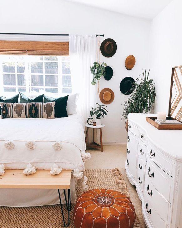 Beautiful Moroccan Bedroom Decor Ideas 37