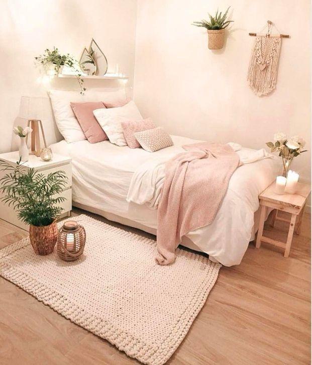 Beautiful Pink Bedroom Decor Ideas Looks Romantic 05