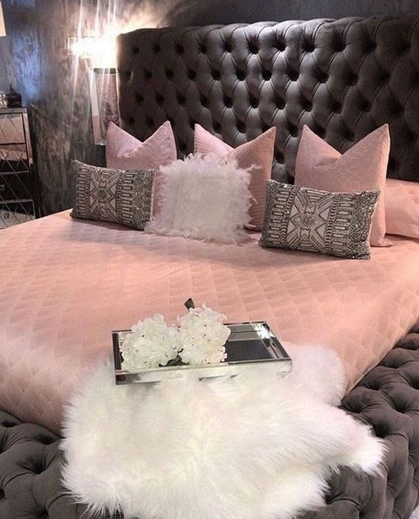 Beautiful Pink Bedroom Decor Ideas Looks Romantic 23