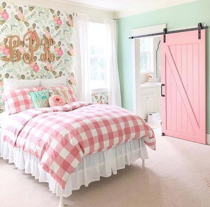 Beautiful Pink Bedroom Decor Ideas Looks Romantic 33