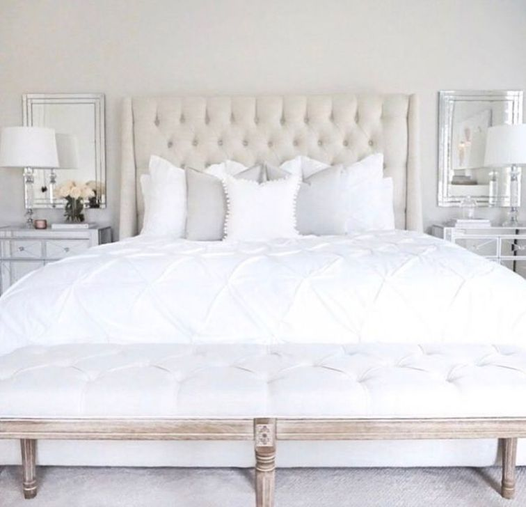 Beautiful White Bedroom Design And Decor Ideas 16