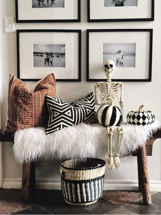 Fabulous Fall Living Room Decor Ideas To Feel Comfortable At Home 16