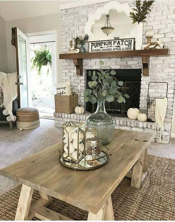 Fabulous Fall Living Room Decor Ideas To Feel Comfortable At Home 18