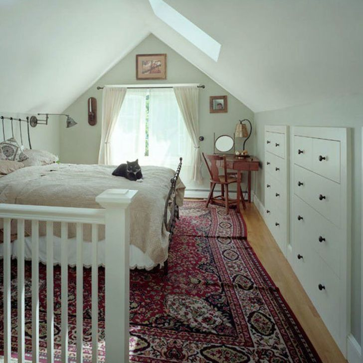 Fabulous Small Attic Bedroom Design Ideas You Will Like 15