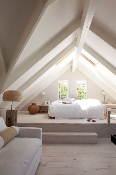Fabulous Small Attic Bedroom Design Ideas You Will Like 20