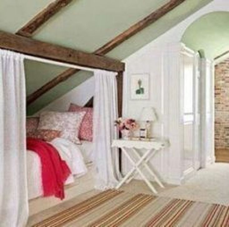 Fabulous Small Attic Bedroom Design Ideas You Will Like 32