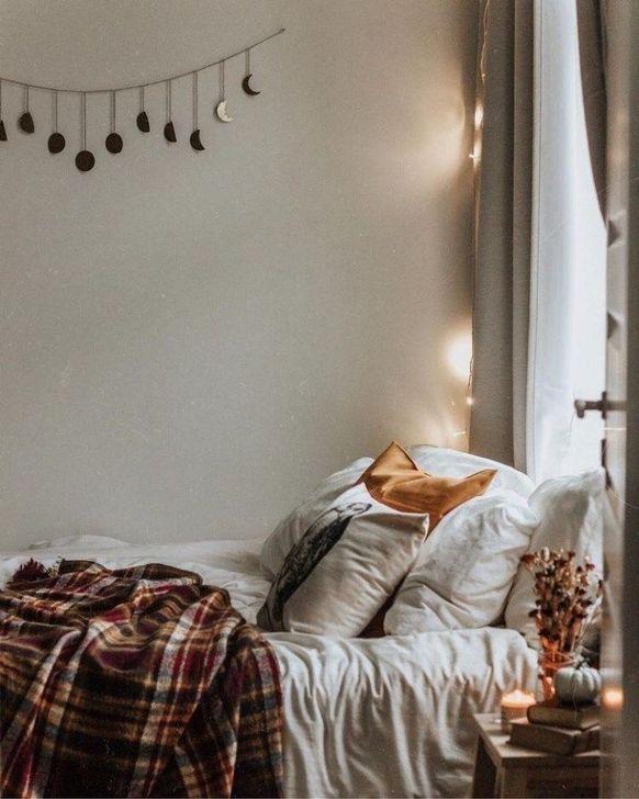 Lovely Fall Bedroom Decor Ideas 02