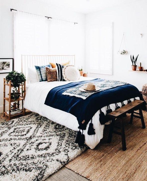 Lovely Fall Bedroom Decor Ideas 19