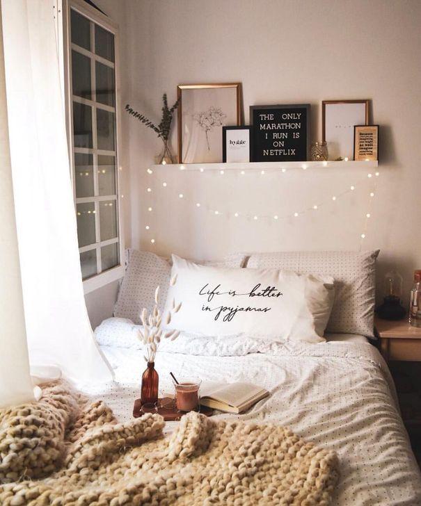 Lovely Fall Bedroom Decor Ideas 21