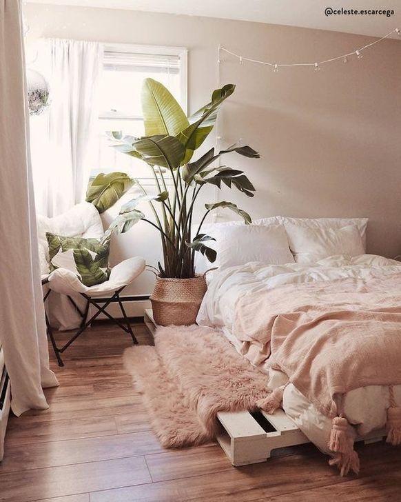 Lovely Fall Bedroom Decor Ideas 29