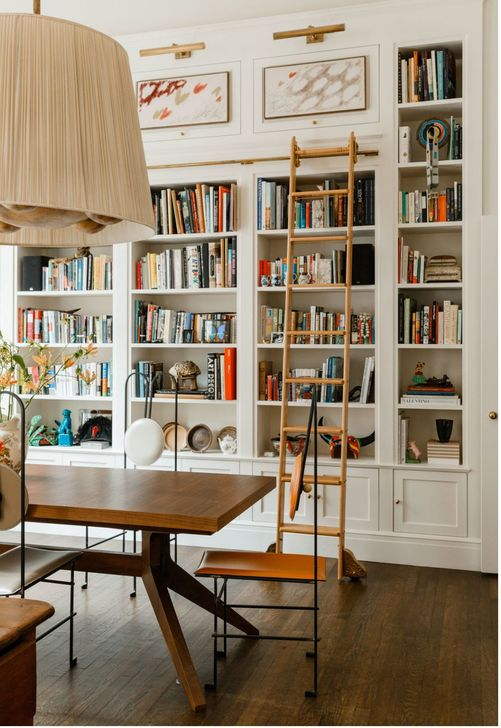 Stunning Bookshelves Design Ideas For Your Living Room Decoration 35