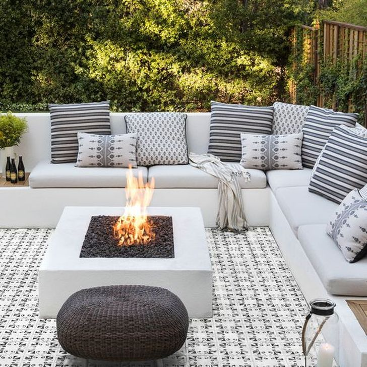 Stunning Outdoor Furniture Ideas Best For Your Backyard 29
