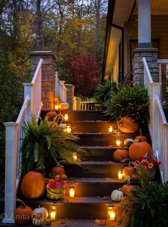 The Best Fall Outdoor Decor Ideas You Will Like 31