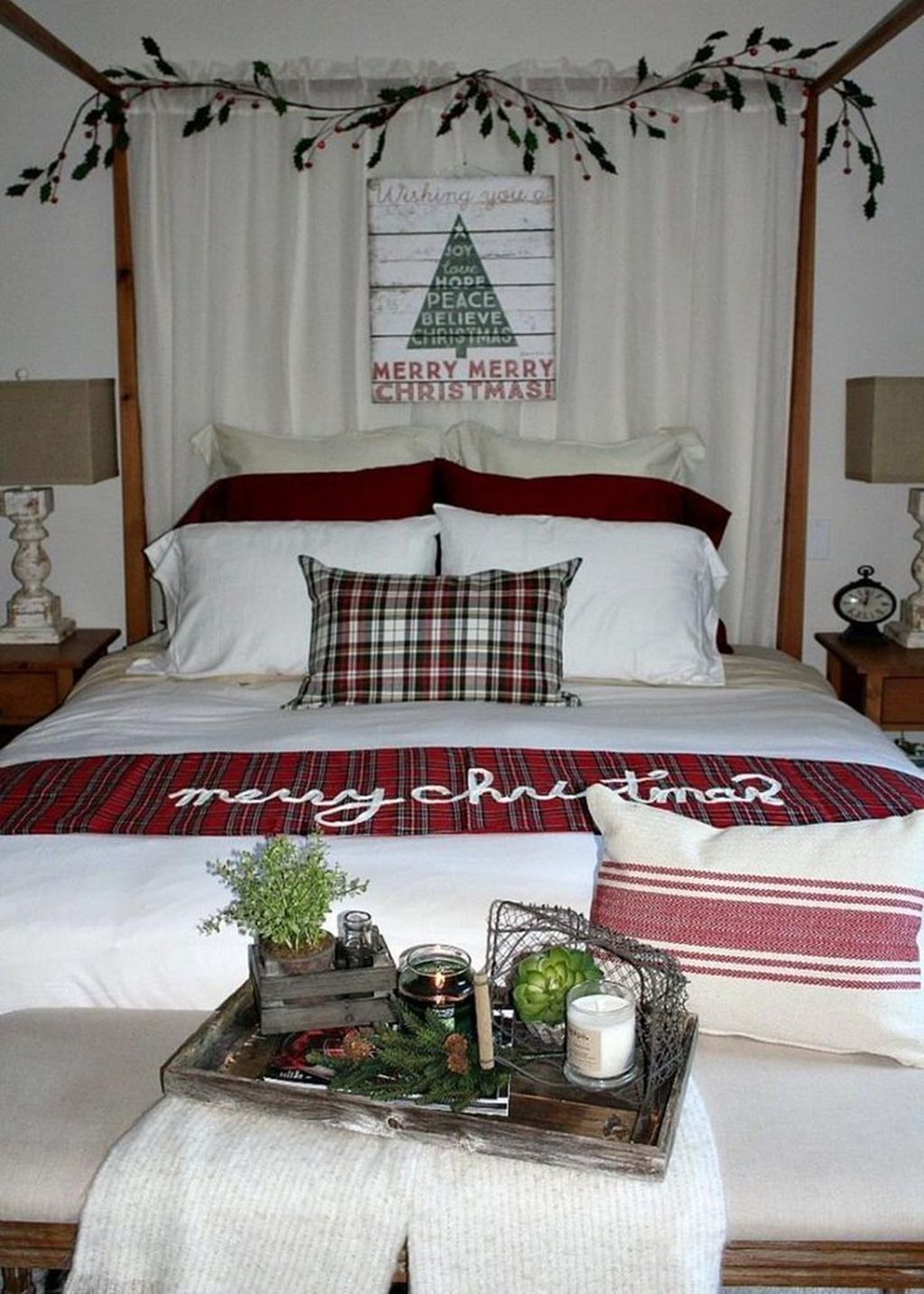 Amazing Farmhouse Style Christmas Bedroom Ideas 02