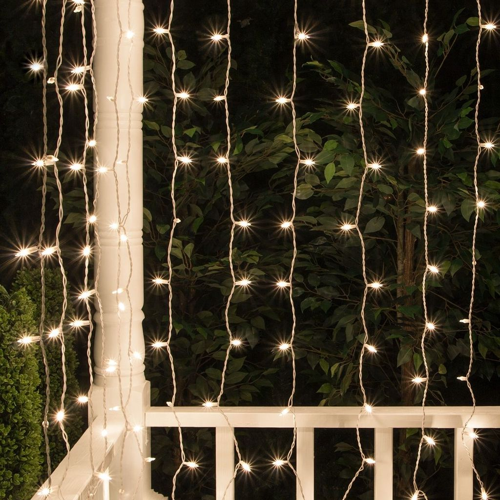 Awesome Christmas Lights Ideas For Exterior Decoration 36