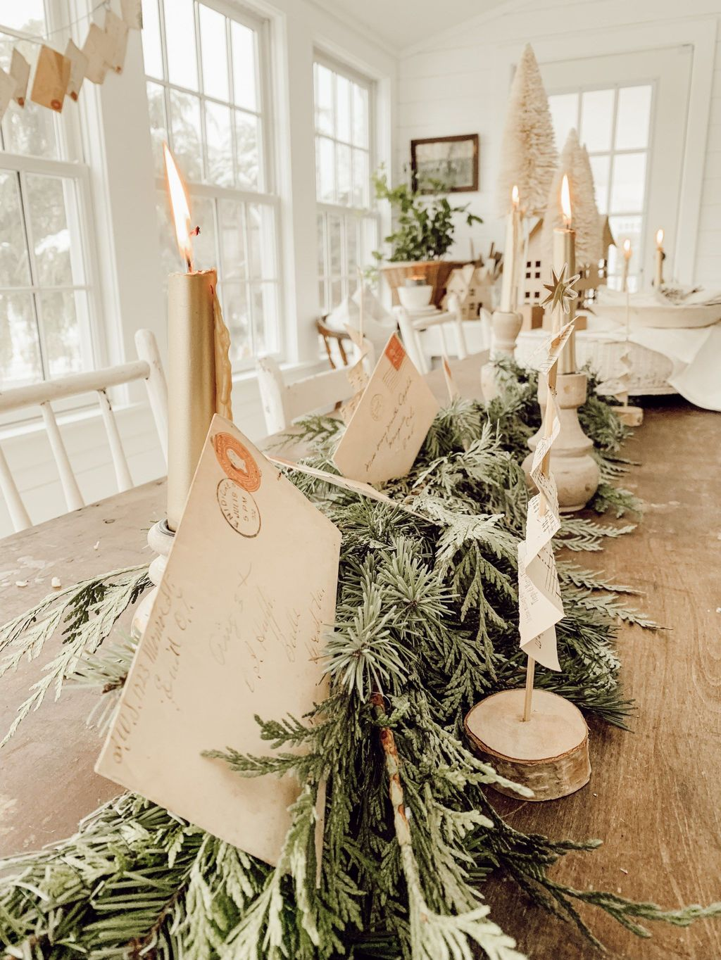 Beautiful Christmas Dining Room Decor Ideas You Never Seen Before 21