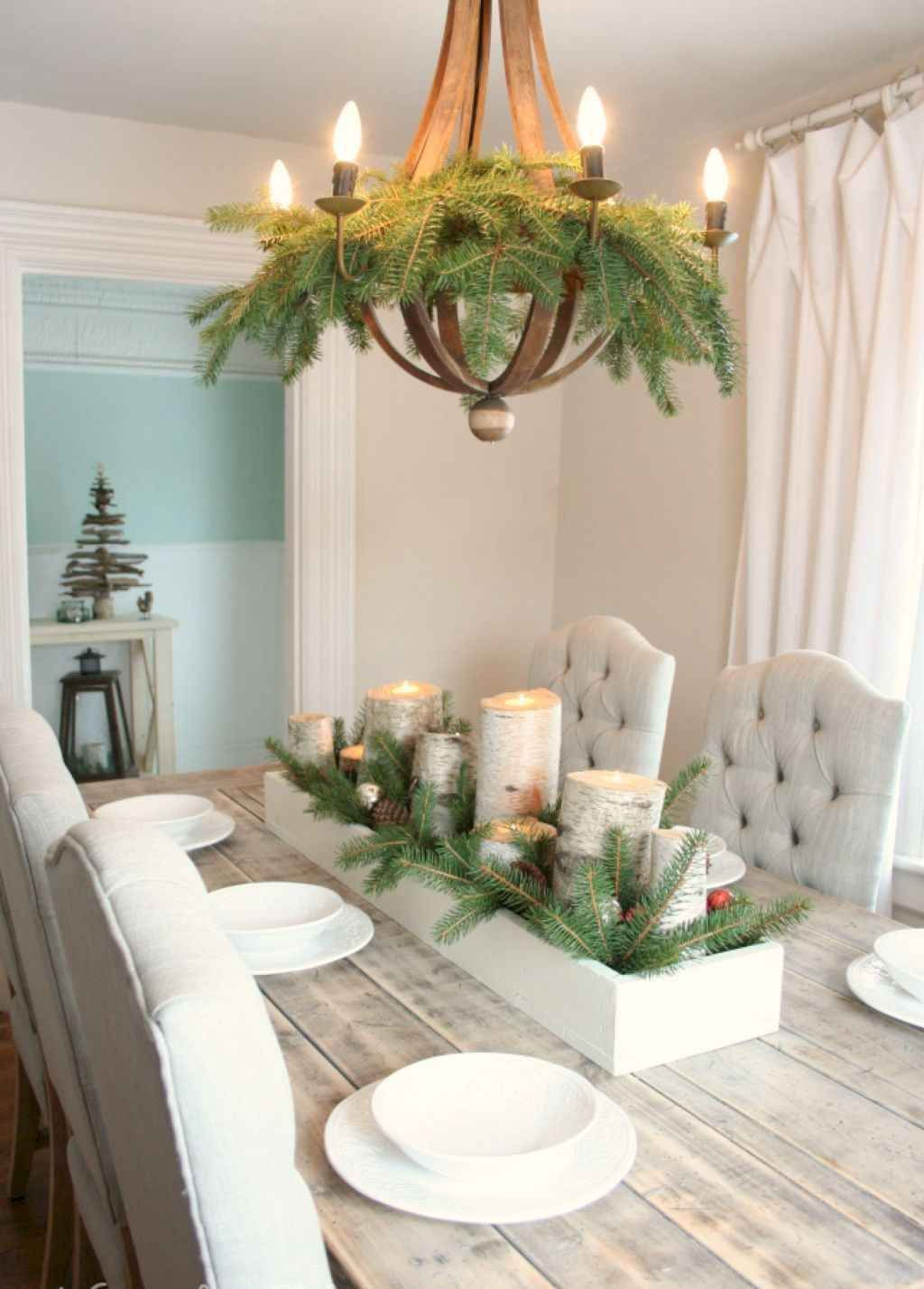 Beautiful Christmas Dining Room Decor Ideas You Never Seen Before 26