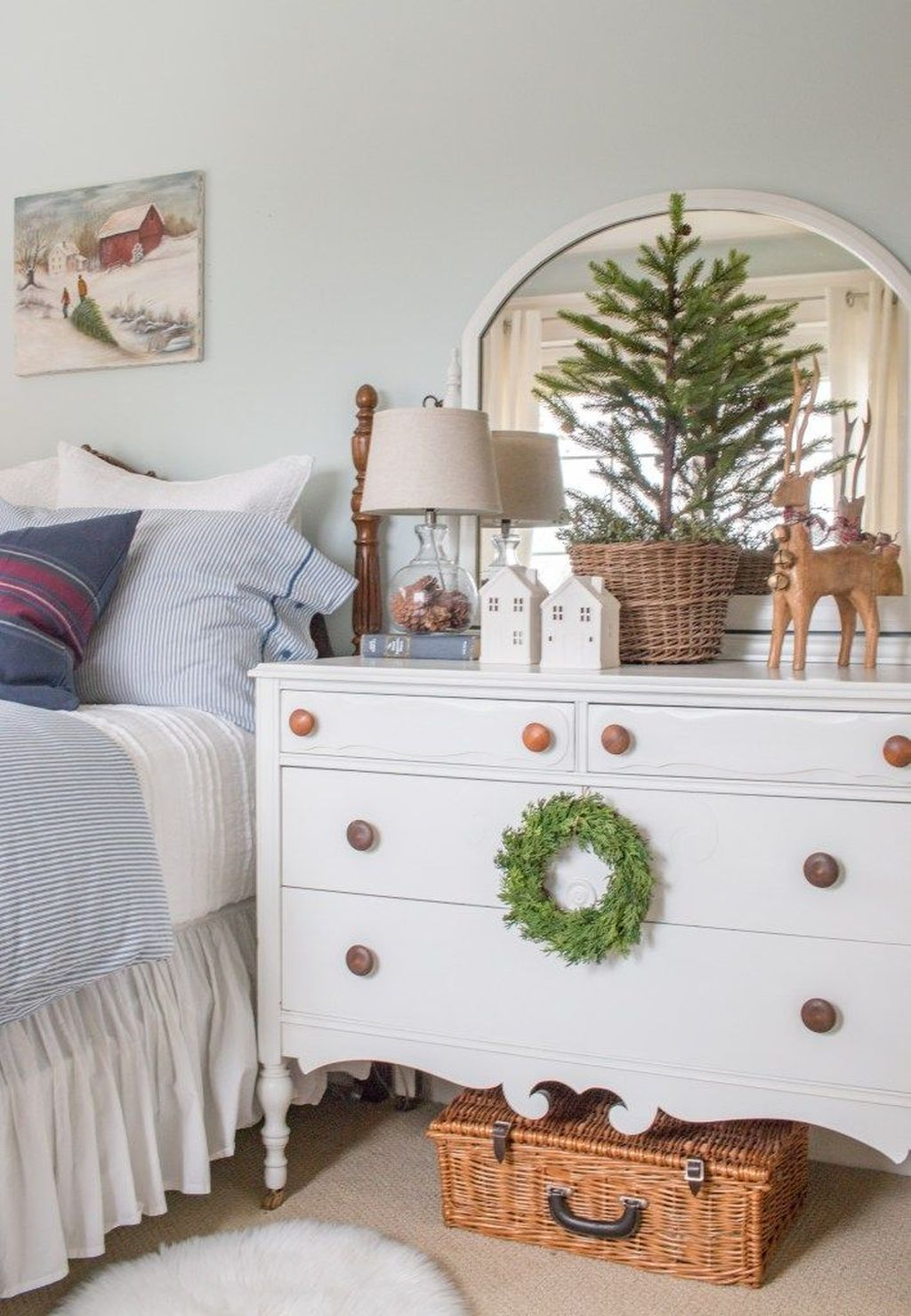 Beautiful Winter Bedroom Decor Ideas 21