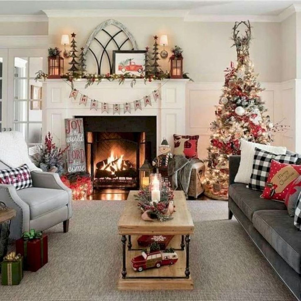 Gorgeous Christmas Living Room Decor Ideas To Look More Beautiful 20