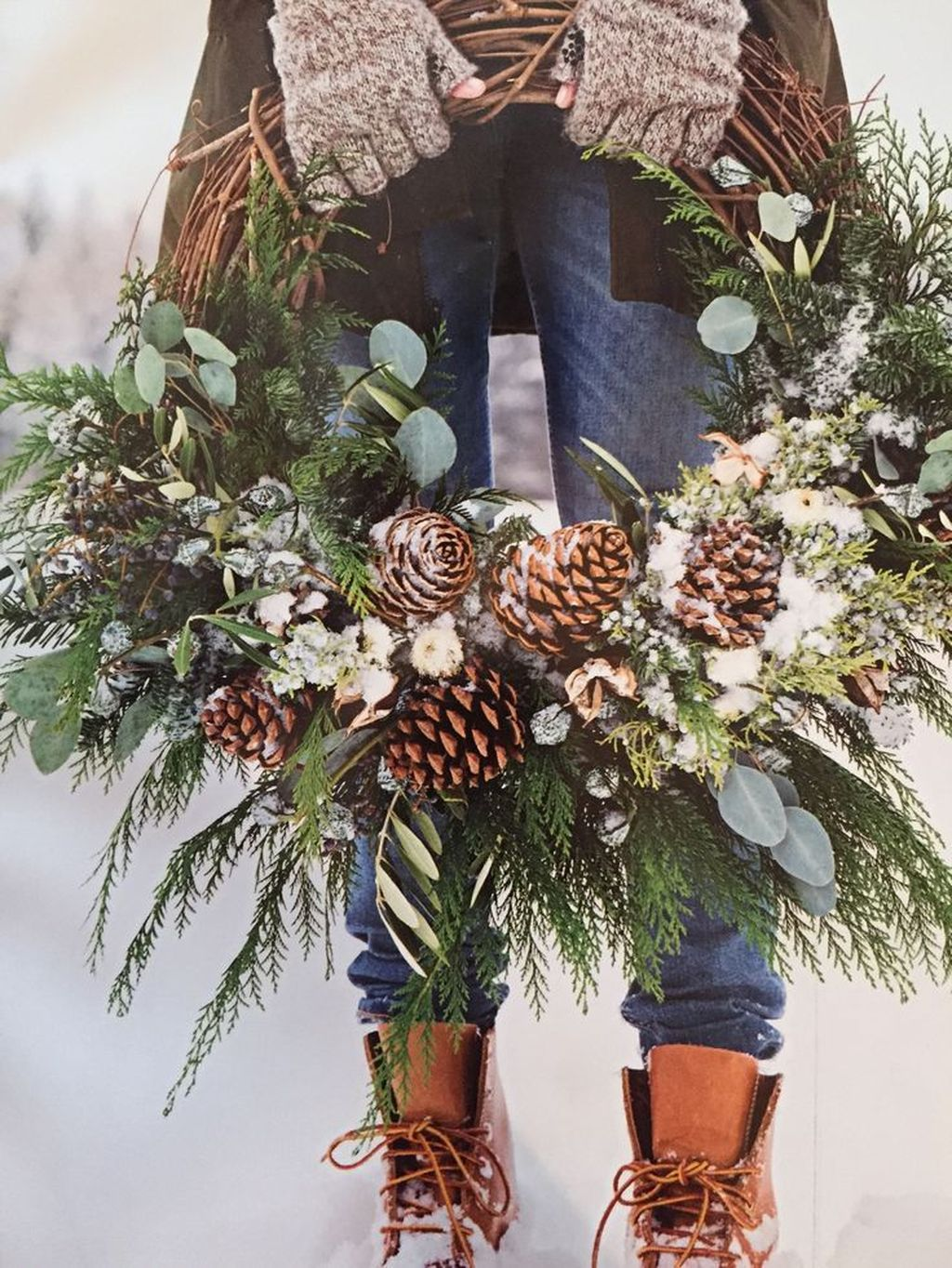 Gorgeous DIY Christmas Wreaths You Should Copy Now 13
