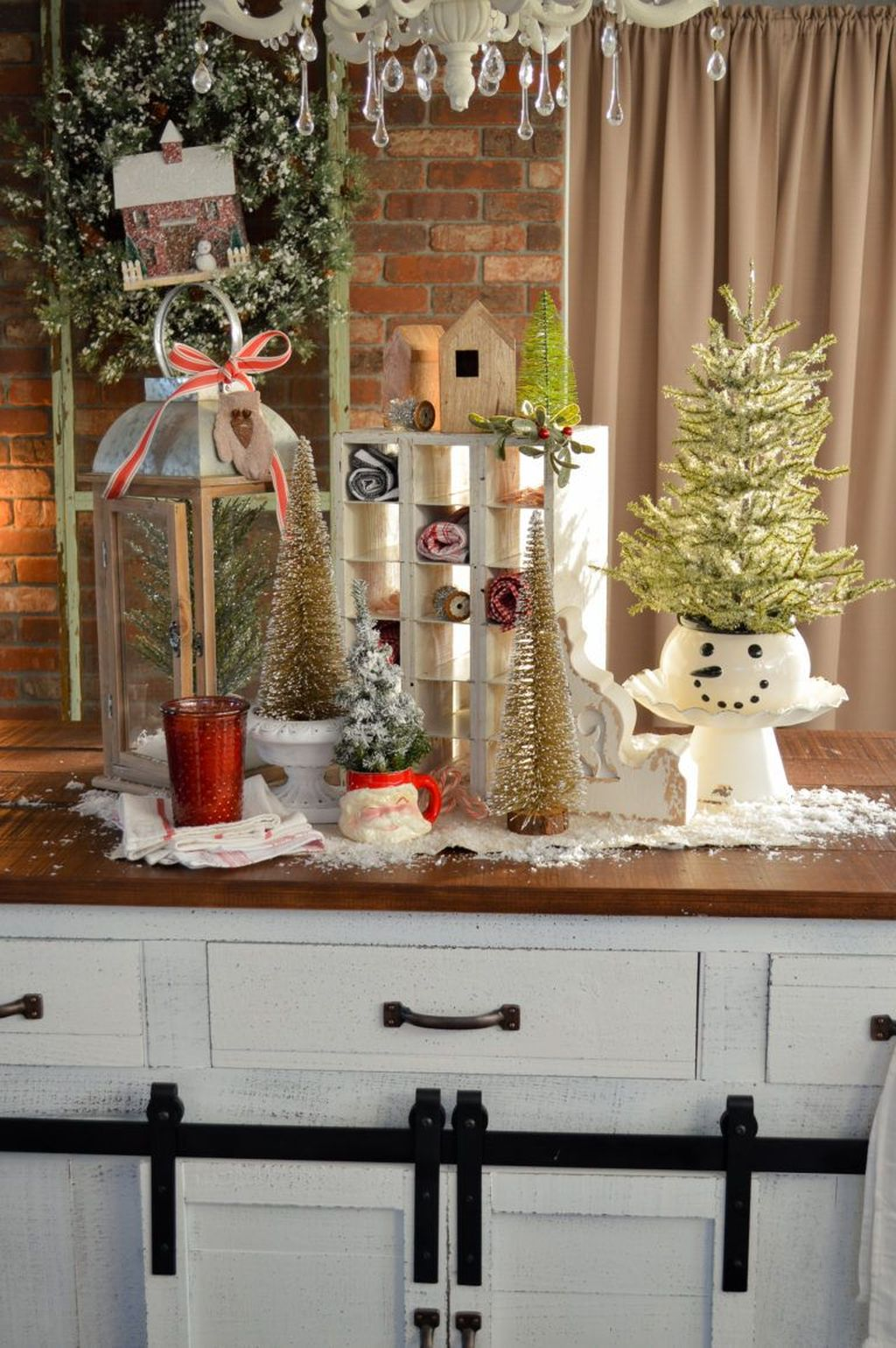 Popular Christmas Decor Ideas For Kitchen Island 01
