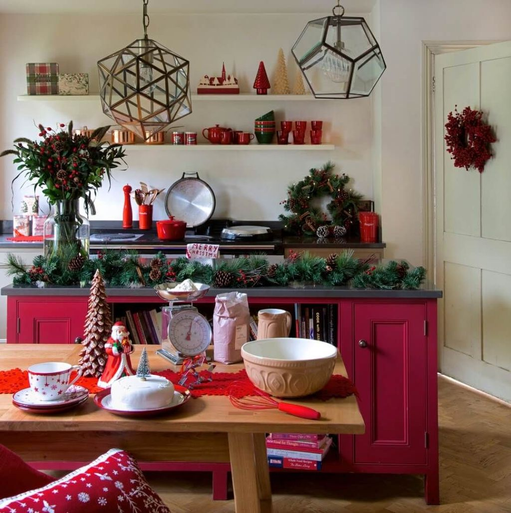 Popular Christmas Decor Ideas For Kitchen Island 13