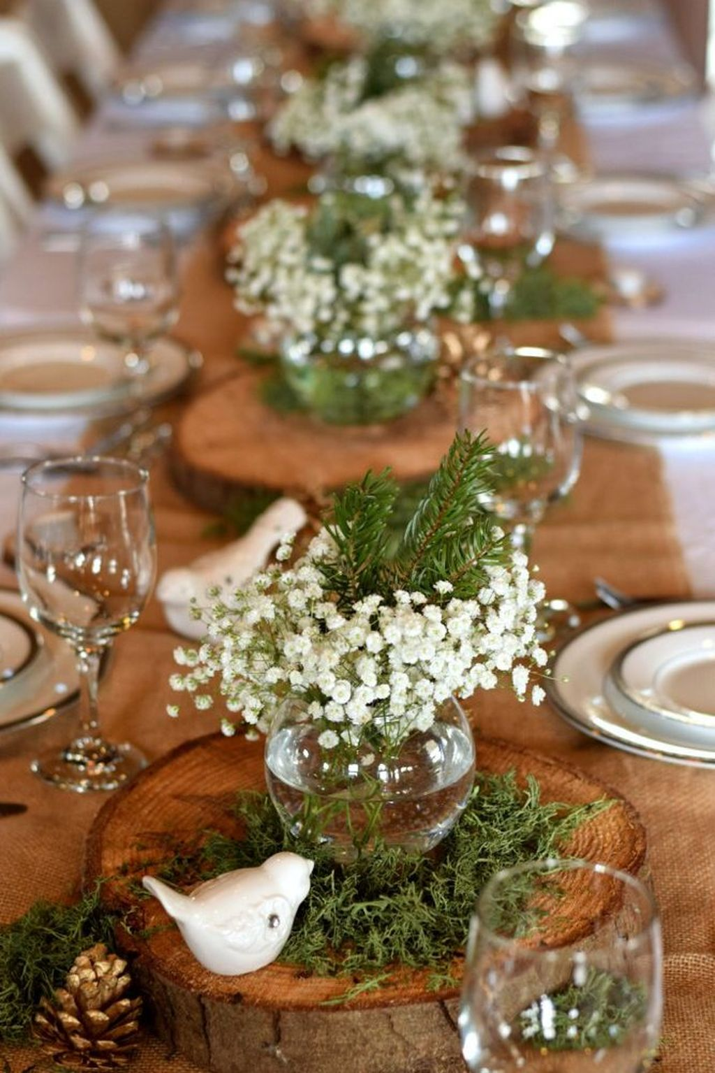 Popular Winter Table Centerpieces Ideas Best For Wedding 36