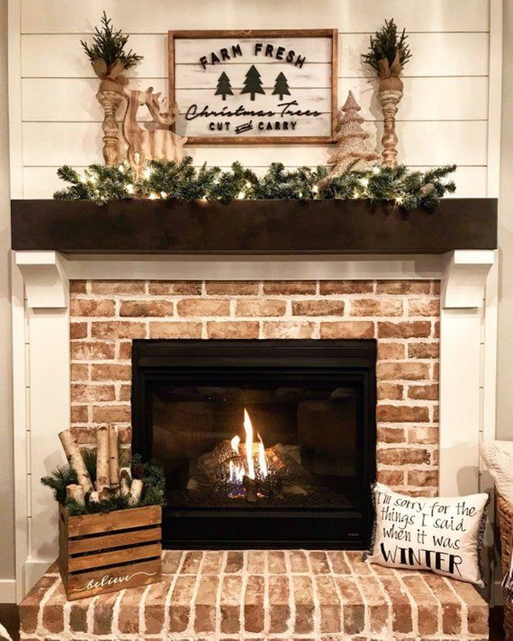 Stunning Fireplace Mantel Decor Ideas You Should Copy Now 10