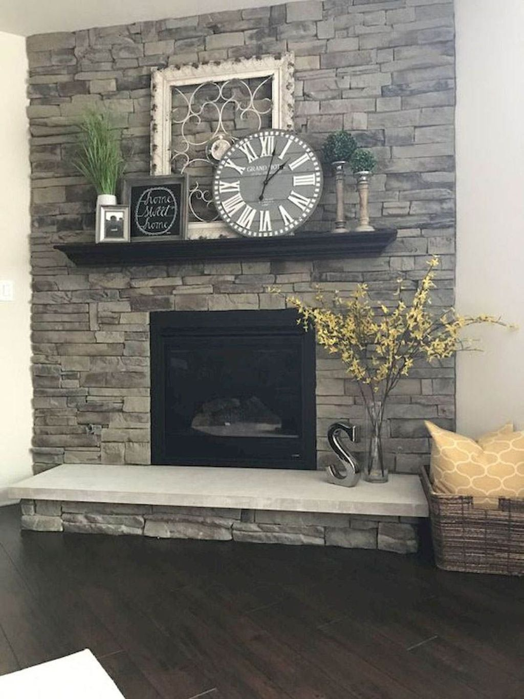 Stunning Fireplace Mantel Decor Ideas You Should Copy Now 16
