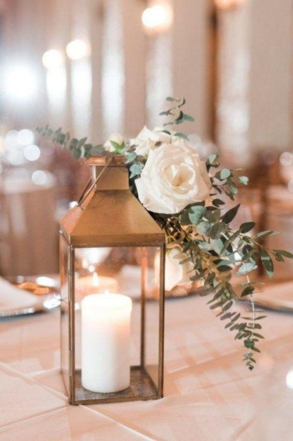 Stunning Winter Lantern Centerpieces For Wedding 20