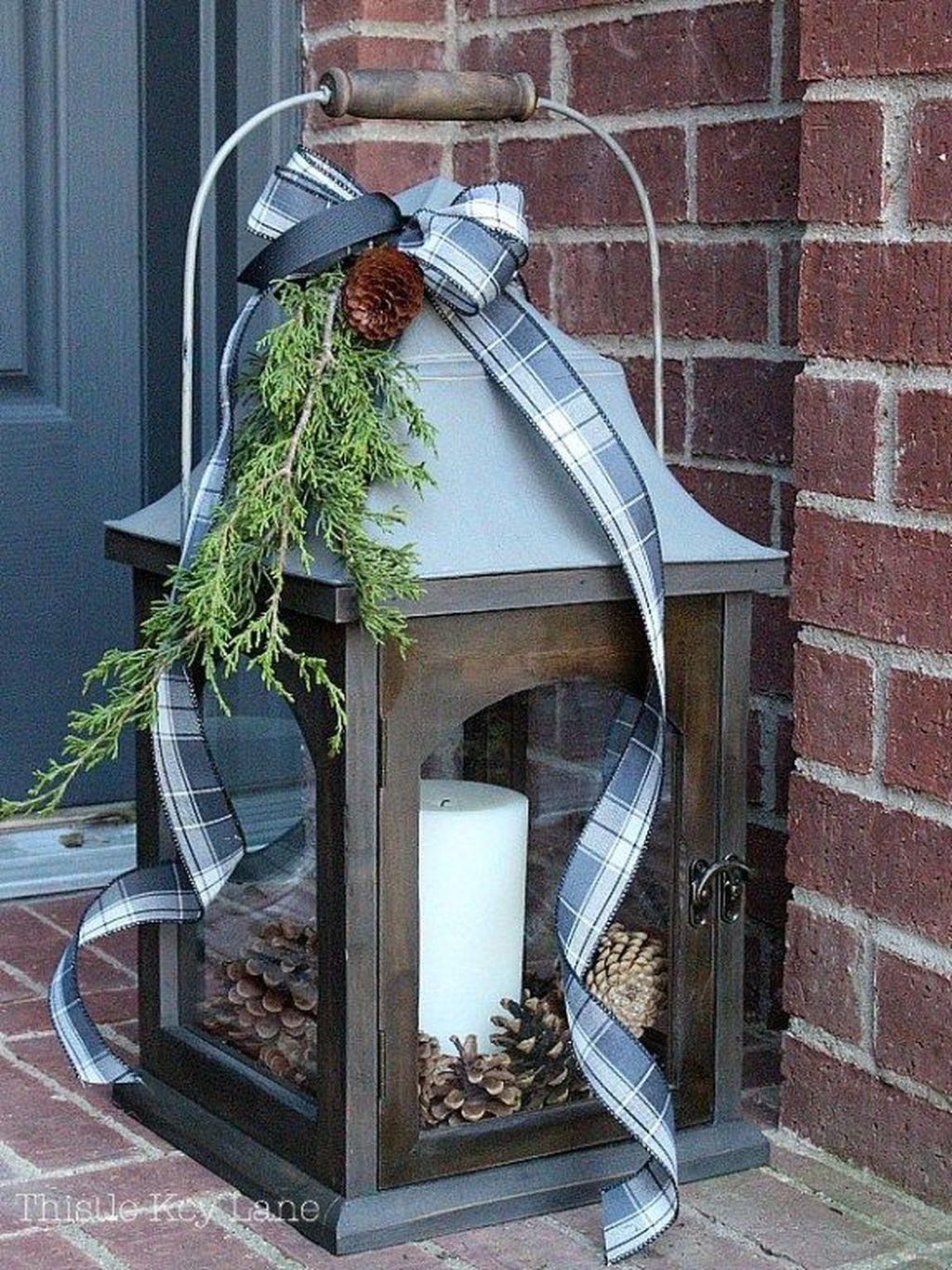 The Best Christmas Lanterns Outdoor Ideas Best For Front Porches 09