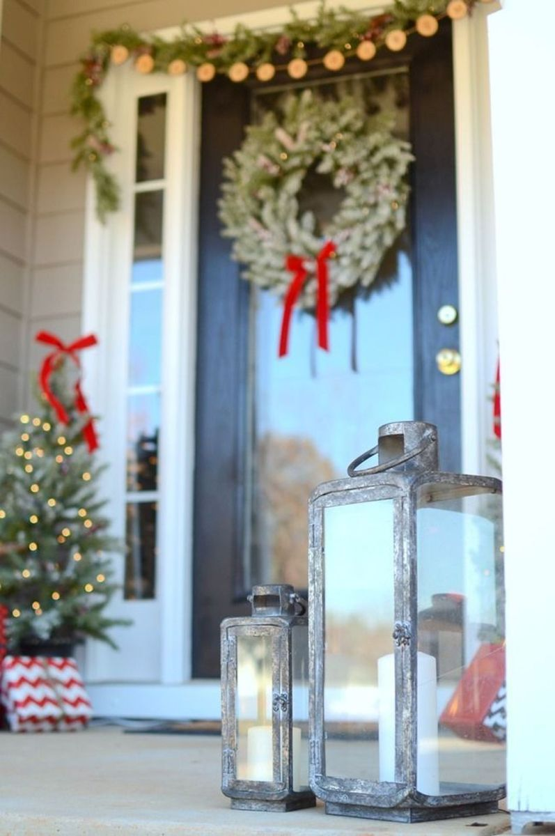 The Best Christmas Lanterns Outdoor Ideas Best For Front Porches 16
