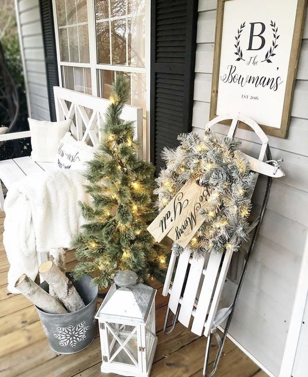 The Best Christmas Lanterns Outdoor Ideas Best For Front Porches 21