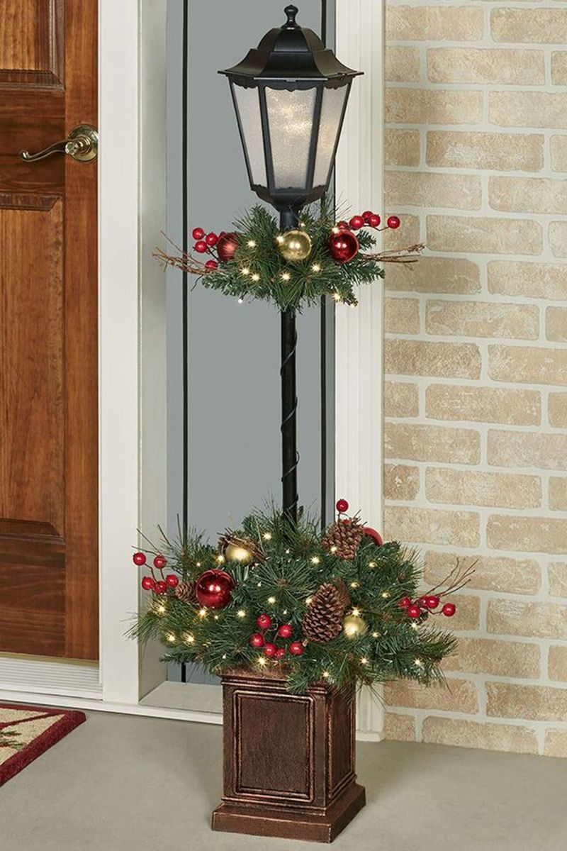 The Best Christmas Lanterns Outdoor Ideas Best For Front Porches 25
