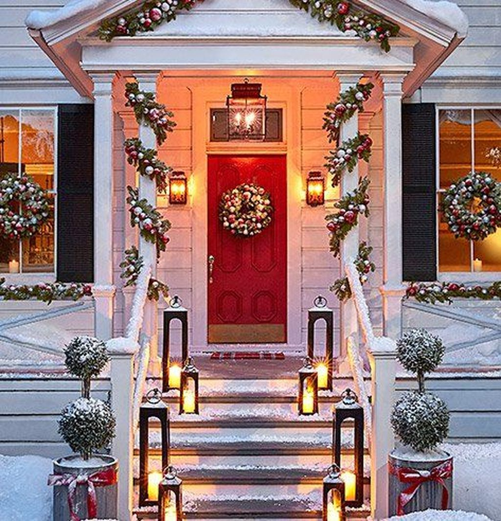 The Best Christmas Lanterns Outdoor Ideas Best For Front Porches 26