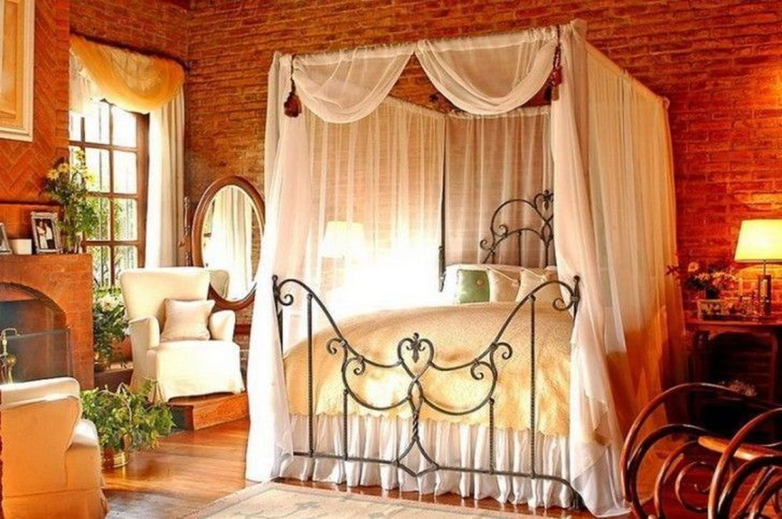 Awesome Romantic Bedroom Lighting Ideas You Will Love 11